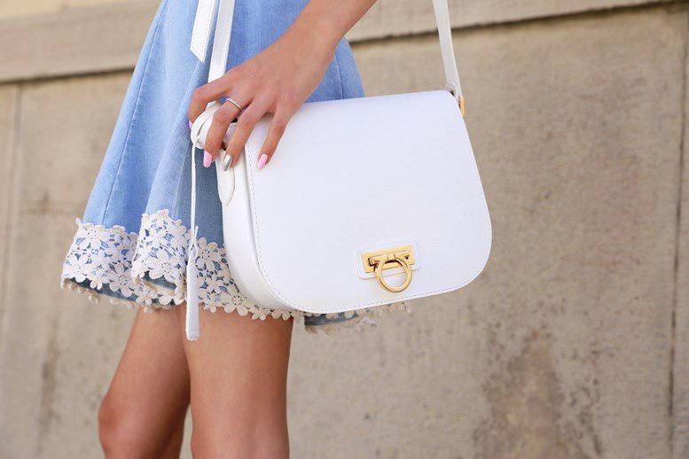 Clear Your Closets for these 7 Dreamy White Tote Bags