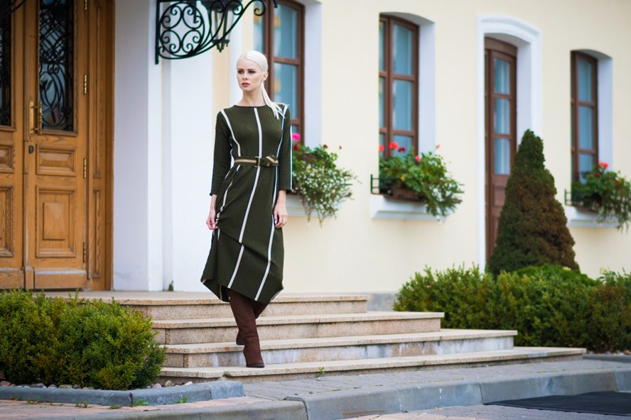 7 Majestic Designer Midi Dresses That Will Leave You Completely in Awe - Featured Image