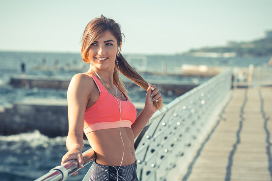 16-Sports-Bra-You-Should-Definitely-Invest-In-If-You-Are-Active-in-Sports-Featured-Image-edited
