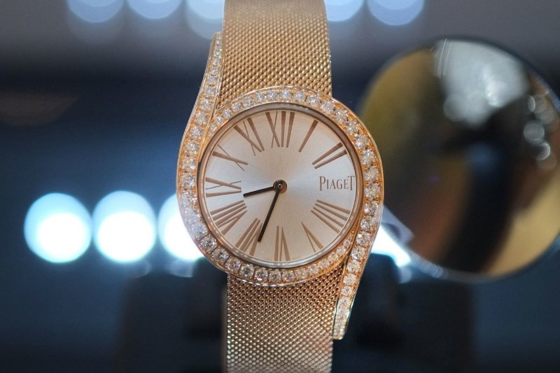4394aa21cff Piaget Limelight Gala Watch Review