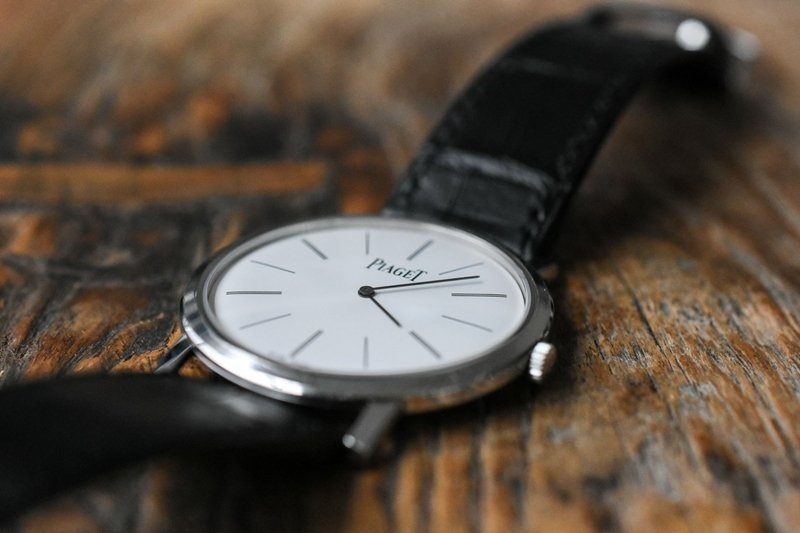 Piaget Altiplano 18-karat White Gold and Alligator Watch Review