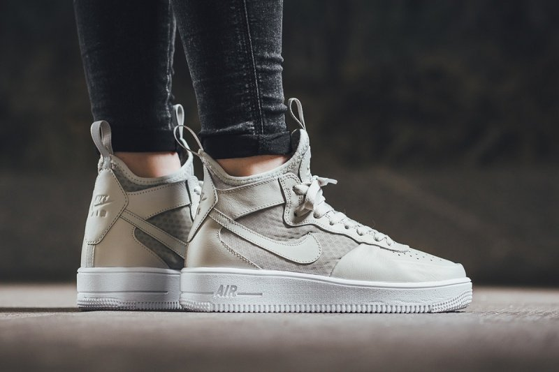 the latest f379c a376c Nike Air Force 1 Ultraforce Mids Sneakers Review 6