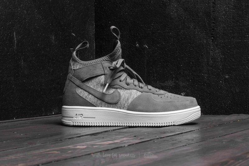 Nike Air Force 1 Ultraforce Mids Sneakers Review