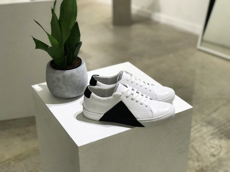 They New York Triangle Low in White and Black Sneakers Review 5