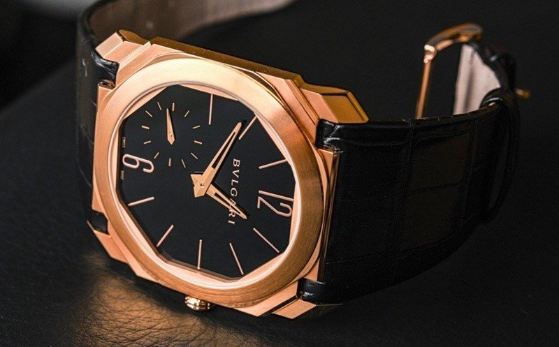 BULGARI OCTO 18K PINK GOLD AND ALLIGATOR STRAP WATCH Review 1
