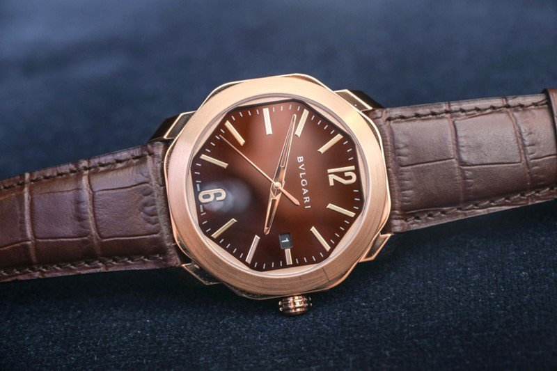 BULGARI OCTO 18K PINK GOLD AND ALLIGATOR STRAP WATCH Review