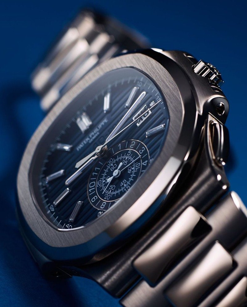 Patek Philippe Nautilus 40th Anniversary Limited Edition 18K White Gold Watch 5976.1G-001 Watch Review 7