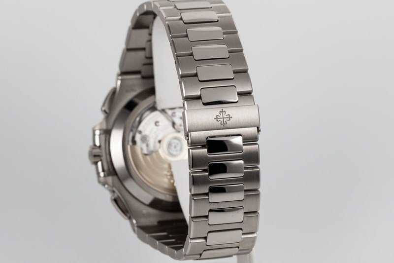 Patek Philippe Nautilus 40th Anniversary Limited Edition 18K White Gold Watch 5976.1G-001 Watch Review 6