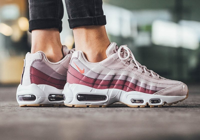 f3e57635c41 Nike Air Max 95 LX Women s Sneakers Review - Featured image