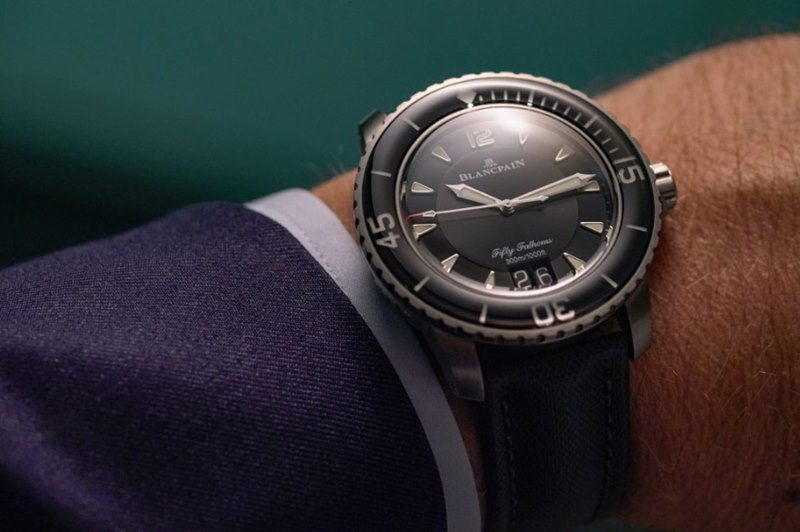 Blancpain Fifty Fathoms Grande Date Watch Review 3