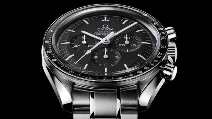 Omega Speedmaster Moonwatch Chronograph Watch Review 1