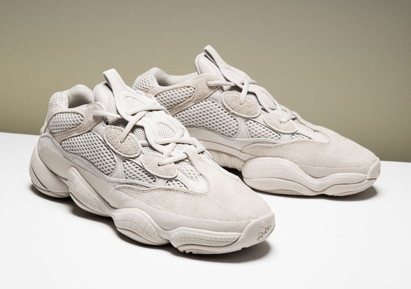 finest selection dc380 2c27b Adidas x Yeezy Desert Rat 500 Sneakers Review