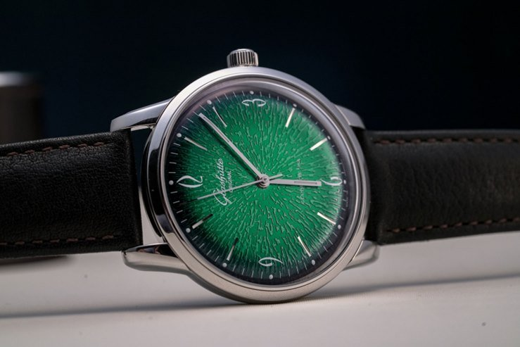Glashütte Original Sixties with Green Dial Watch Review 3