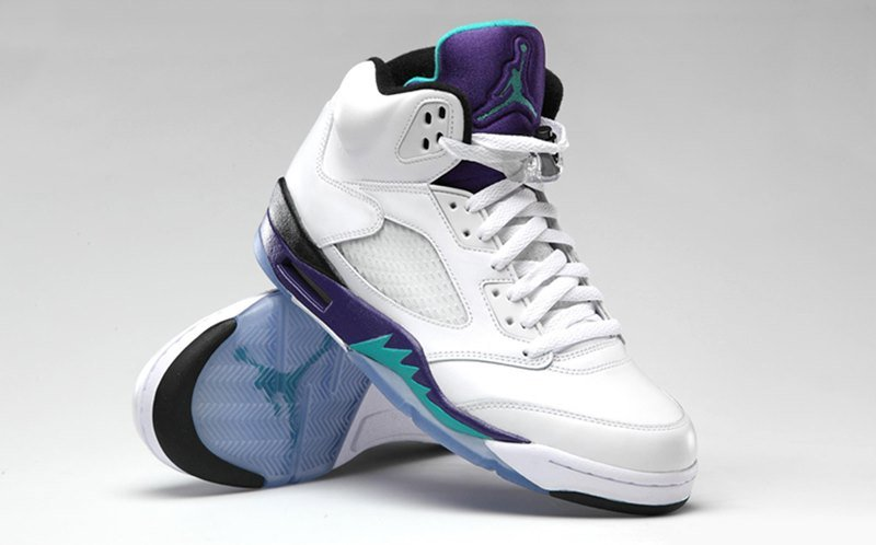 the best attitude 00975 a3082 Air Jordan 5 NRG Grape Ice Sneakers Review