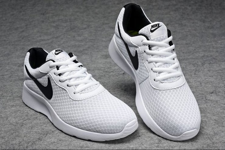 Nike Tanjun Sneakers Review 5