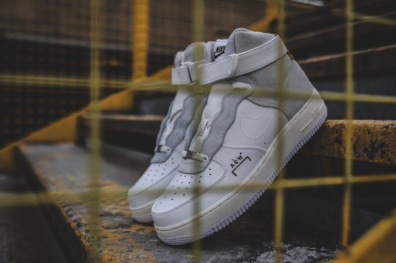 competitive price 346c9 7cf02 NikeLab x A-Cold-Wall Air Force 1 High Sneakers Review