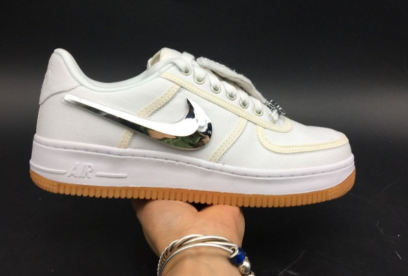low priced 7656a fd65d Travis Scott x Nike Air Force 1 Review