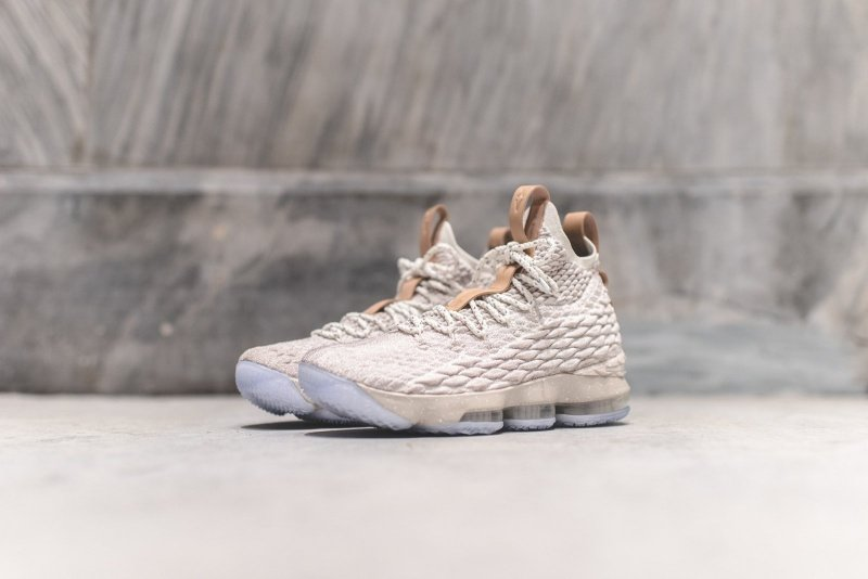 345063107dc63 Nike LeBron 15 Ghost Sneakers Review 1
