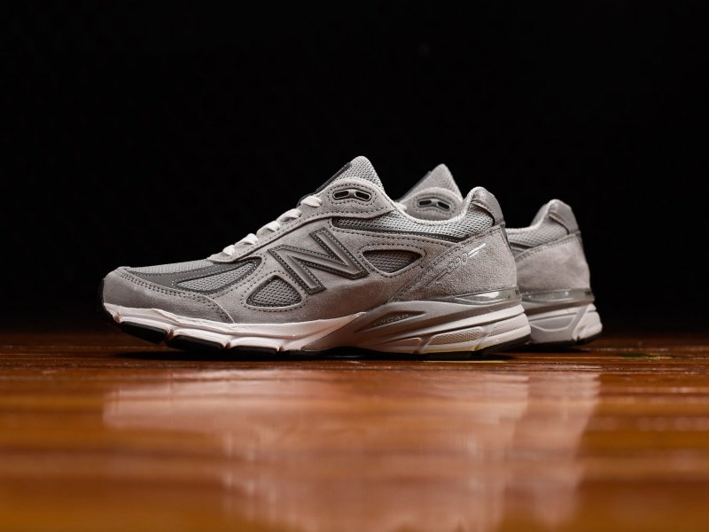 New Balance 990 Sneakers Review 3