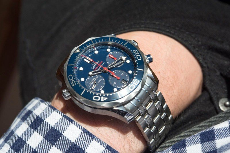 Omega Seamaster 300M Co-Axial Chronograph Watch Review 7