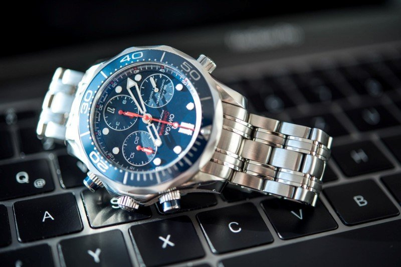 Omega Seamaster 300M Co-Axial Chronograph Watch Review 2
