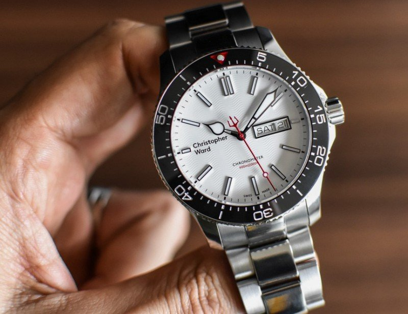 Christopher Ward C60 Trident Day Date COSC Watch Review 2