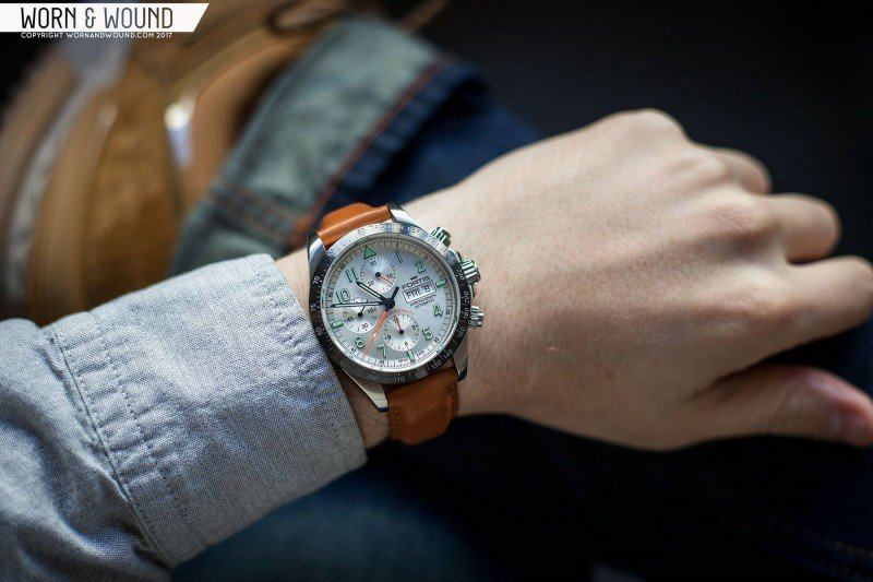 Fortis Classic Cosmonauts Steel A.M. Watch Review 7
