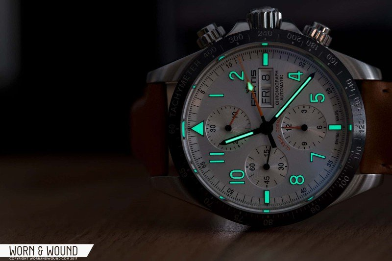 Fortis Classic Cosmonauts Steel A.M. Watch Review 5