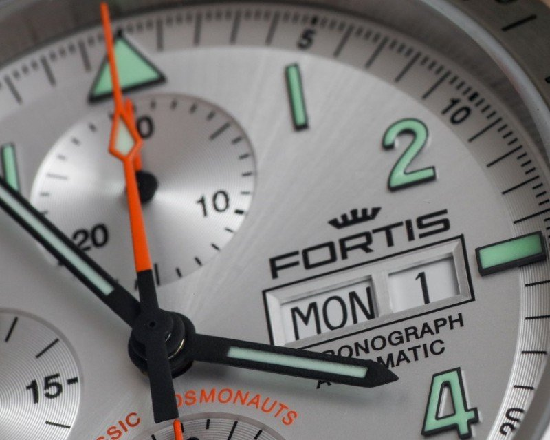 Fortis Classic Cosmonauts Steel A.M. Watch Review 2