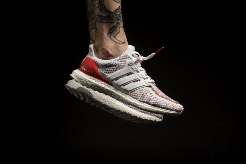watch d5877 fa9ed Adidas Ultra Boost Multicolor 2.0 Sneakers Review