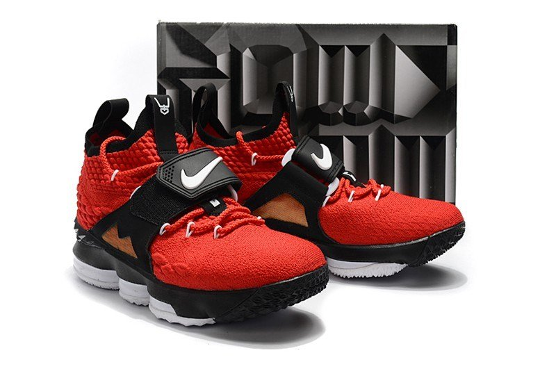 sports shoes c8259 53d02 Nike LeBron 15 Red Diamond Turf Sneakers Review