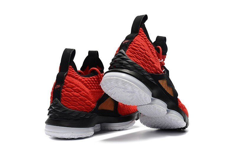 ef31dd3fa3 Nike LeBron 15 'Red Diamond Turf' Sneakers Review 2