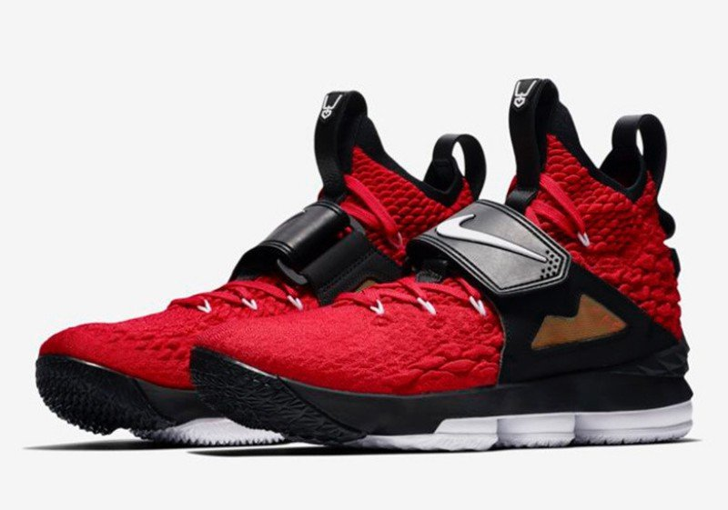 Nike LeBron 15 'Red Diamond Turf' Sneakers Review 1