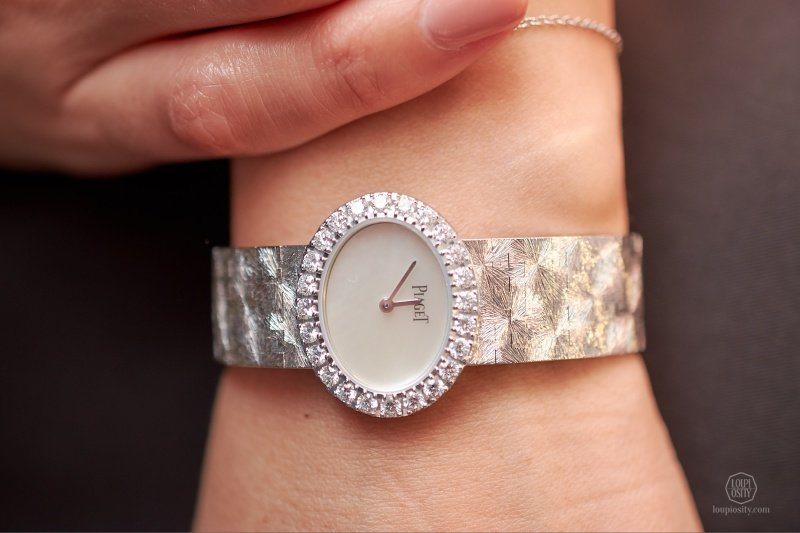 """Piaget Extremely Lady """"Traditonal Oval"""" Watch Review 5"""
