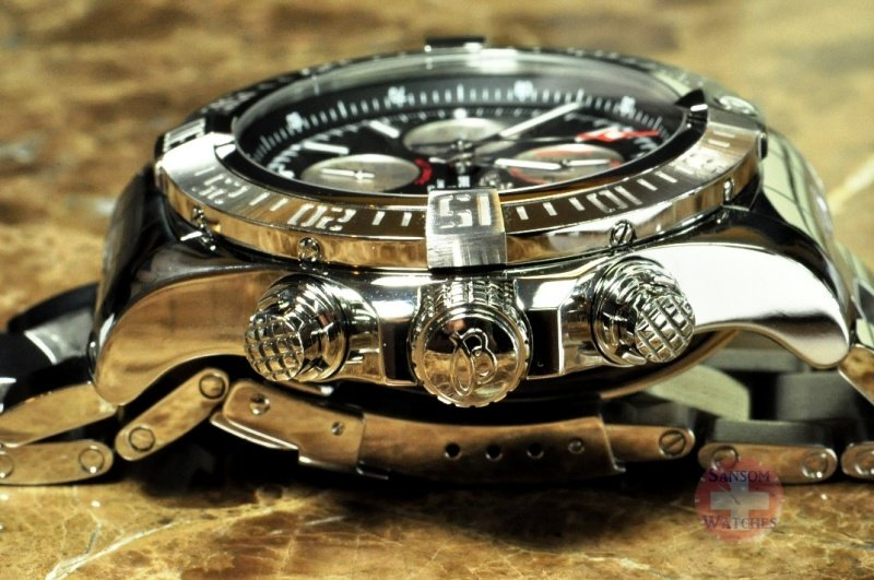 Breitling Super Avenger II Chronograph Watch Review 6