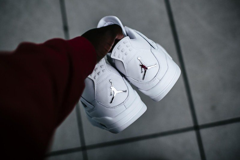 Air Jordan 4 Retro Pure Money Sneakers Review 3