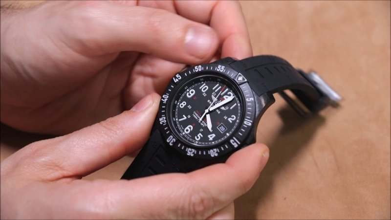 Breitling Colt Skyracer Watch Review 5