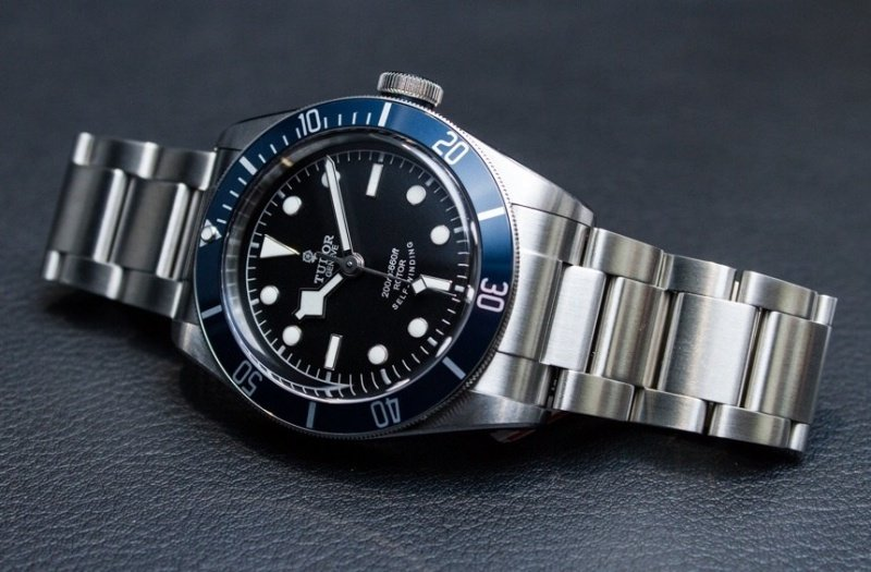 Tudor Heritage Black Bay 79220B Watch Review 1