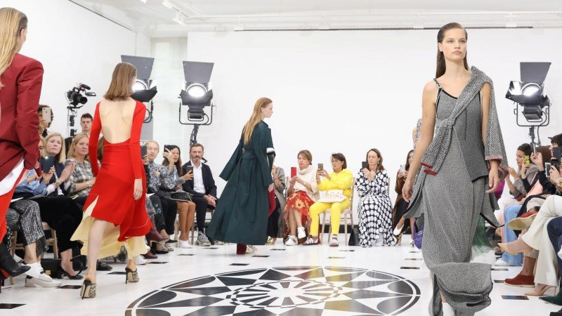 Collections From the London Fashion Week That Had Us in Awe 3