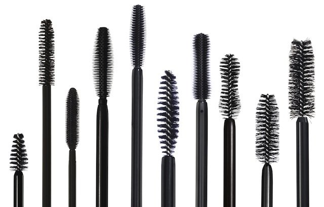 Give Your Lashes A Fabulous Look With These Extravagant Mascaras