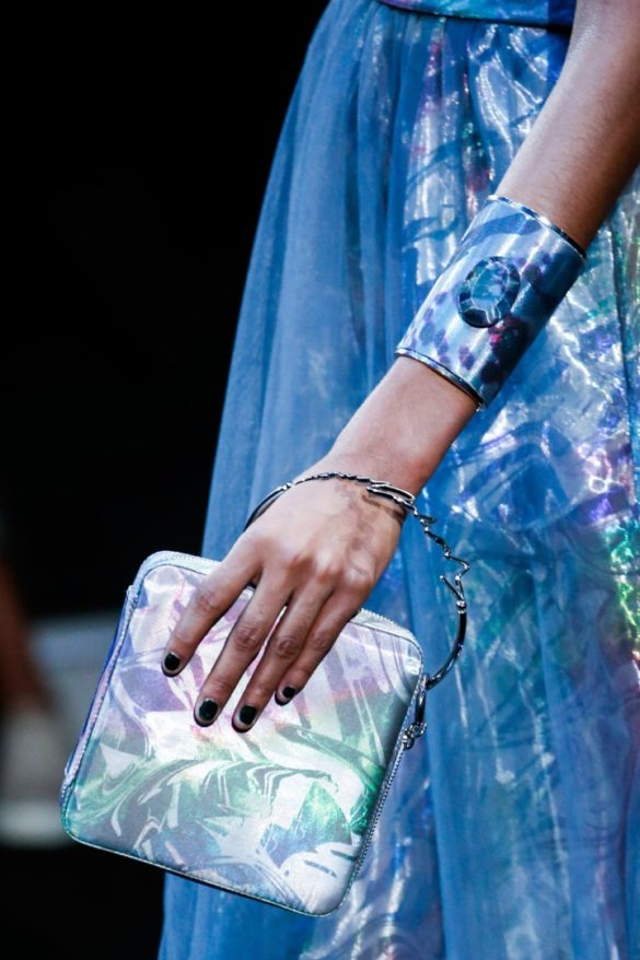 Eye-catching Bags from Giorgio Armani Spring 2019 Fashion Show - Photo 29