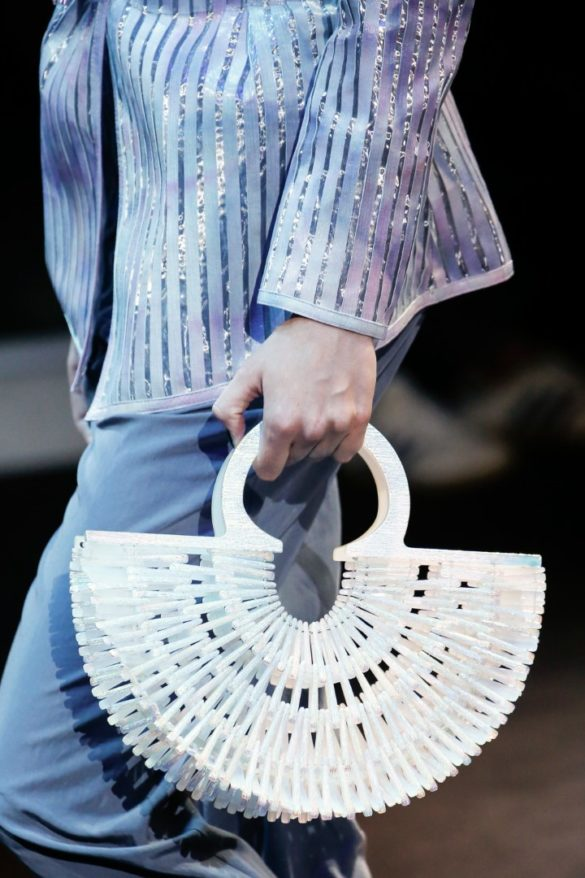 Eye-catching Bags from Giorgio Armani Spring 2019 Fashion Show - Photo 25