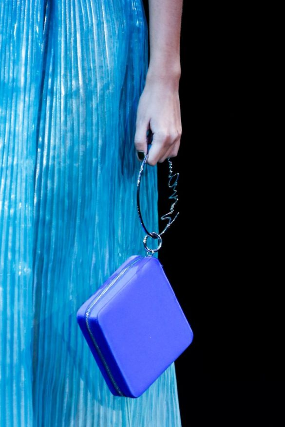 Eye-catching Bags from Giorgio Armani Spring 2019 Fashion Show - Photo 22