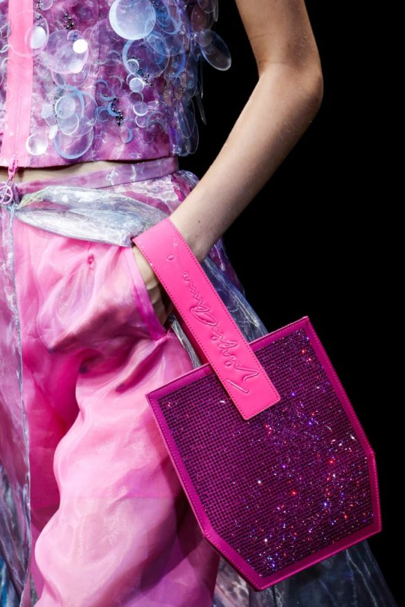 Eye-catching Bags from Giorgio Armani Spring 2019 Fashion Show - Photo 18