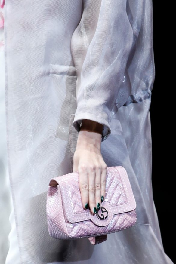 Eye-catching Bags from Giorgio Armani Spring 2019 Fashion Show - Photo 5