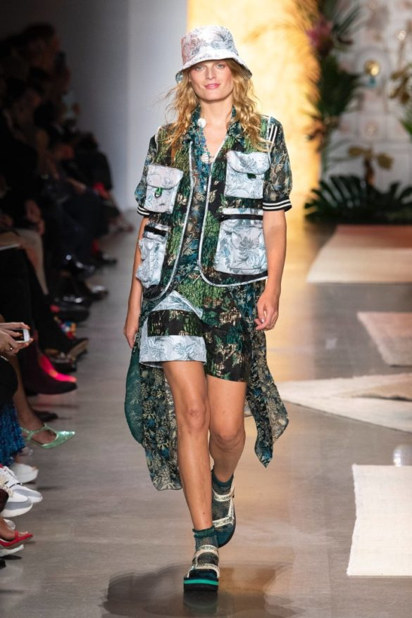 Anna Sui Spring-Summer 2019 Ready-to-Wear Collection - Photo 16