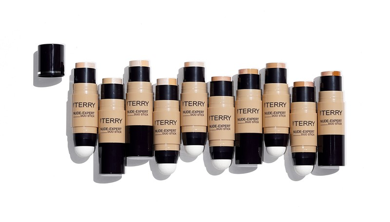 The Nude-Expert Stick Foundation