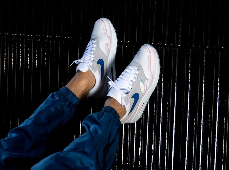 Nike Air Max 1 Pompidou by Day Sneakers Review 7