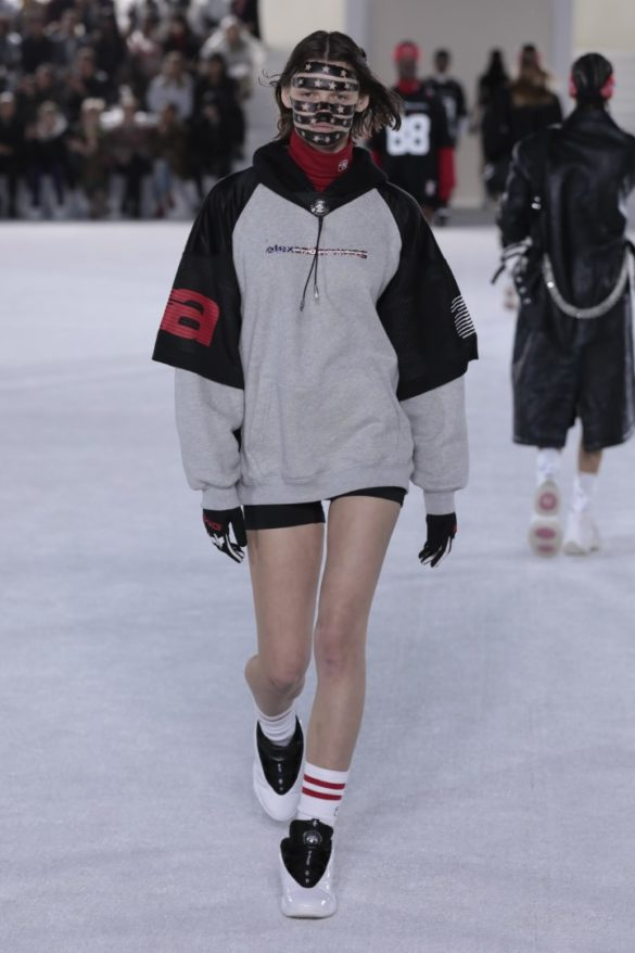 Alexander Wang Spring 2019 Ready-to-Wear Collection - New York - Photo 33