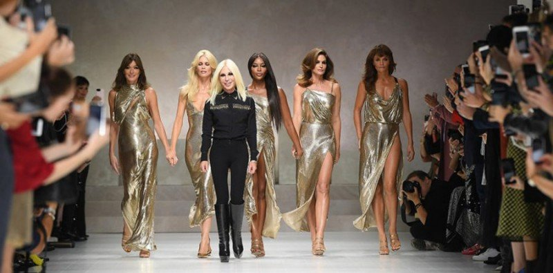 Versace Bought by Michael Kors for $2.12B 5